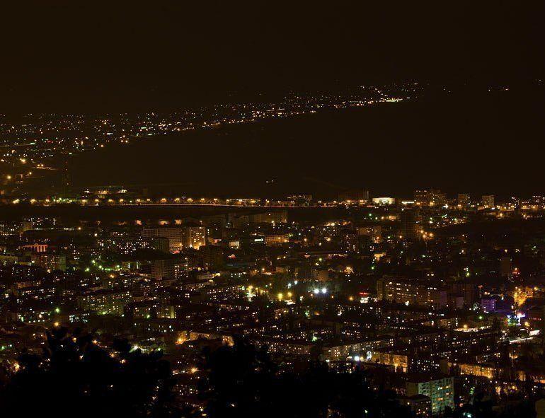 Фото Ночная Махачкала