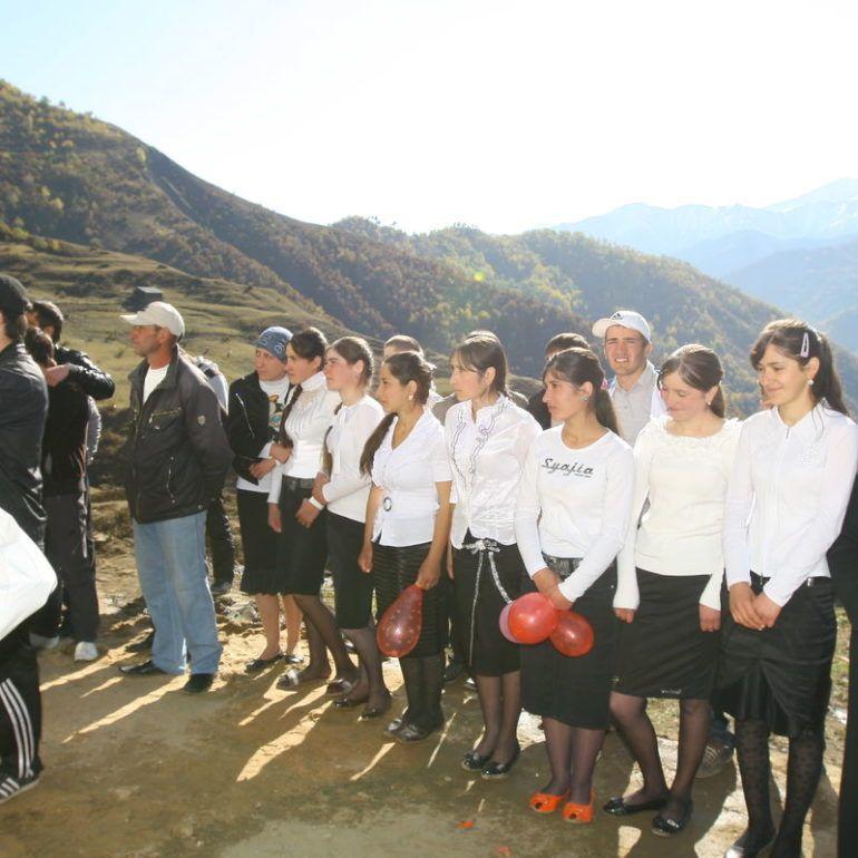 Фото Новая школа и 20 лет участку