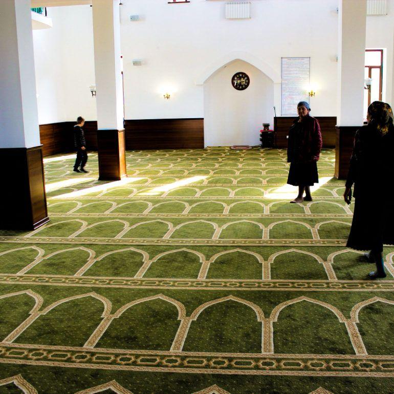 Фото Сельская мечеть – подарок от С. Керимова