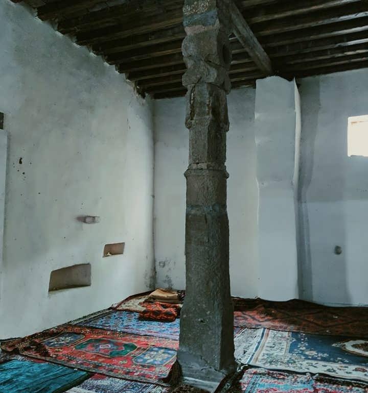 Фото Старая мечеть IX века (восстановленая)