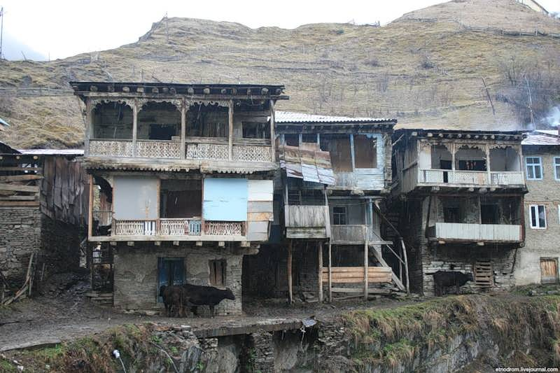Старые дома в Бежта