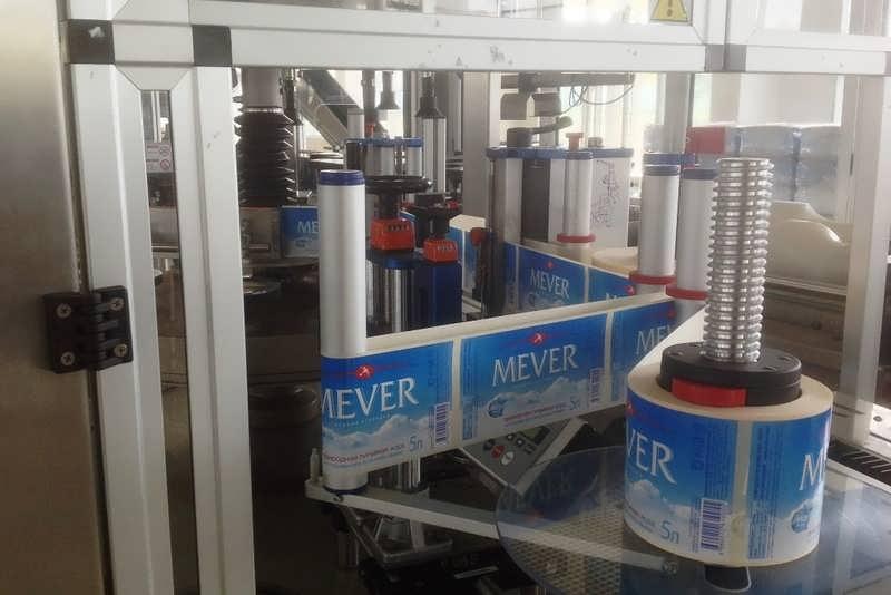 Застывший конвейер завода Mever в Дагестане