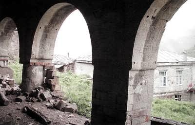 Арки старой Джума-мечети, с.Кубачи